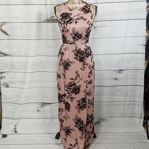 EN FOCUS Dusty Pink Black Floral Velvet Gown